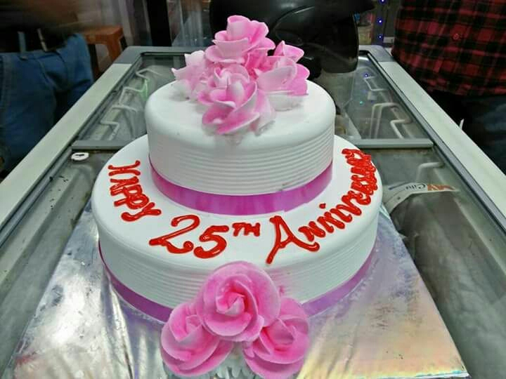 25th Anniversary cake delivery to kanpur